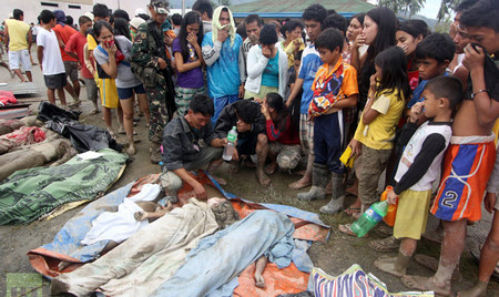Philippine death toll from Typhoon Bopha rises